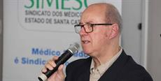 Vice-presidente do SIMESC manifesta-se sobre saída de intercambistas do Brasil